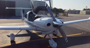 Diamond DA-40 at KPGV Low Res