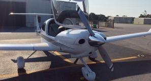 Diamond DA-40 at KPGV Low Res